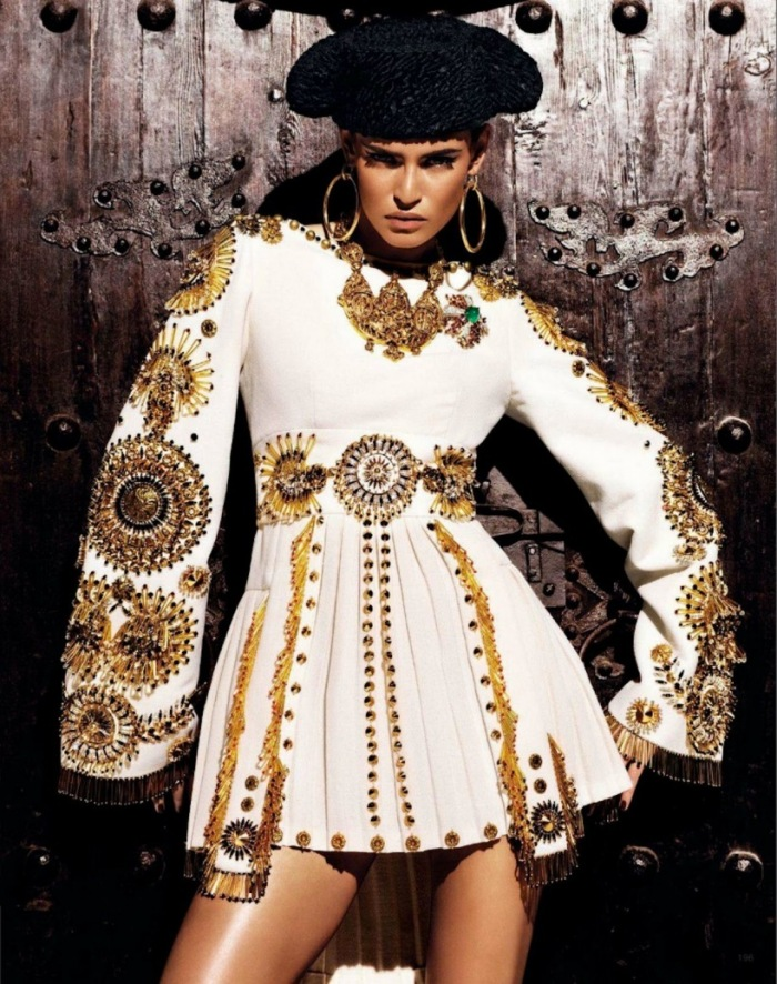kiss_of_the_matador_bianca_balti_giampaolo_sgura_anna_dello_russo_vogue_japan_march_2012_13