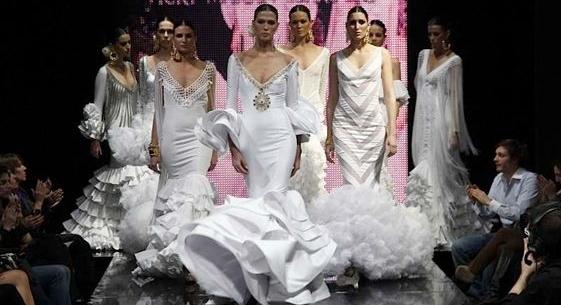 592-vestidos-de-novia-flamencos-vicky-martin-berrocal-_01